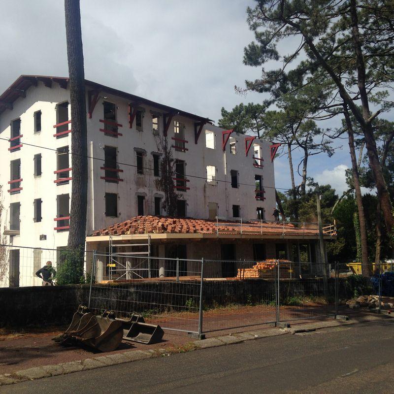 Etba restructuration hotel haitza au pyla sur mer - Hotel starck arcachon ...